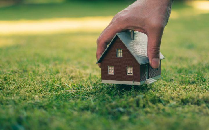 借地にある建物は解体していい? 借地の条件や建物解体について